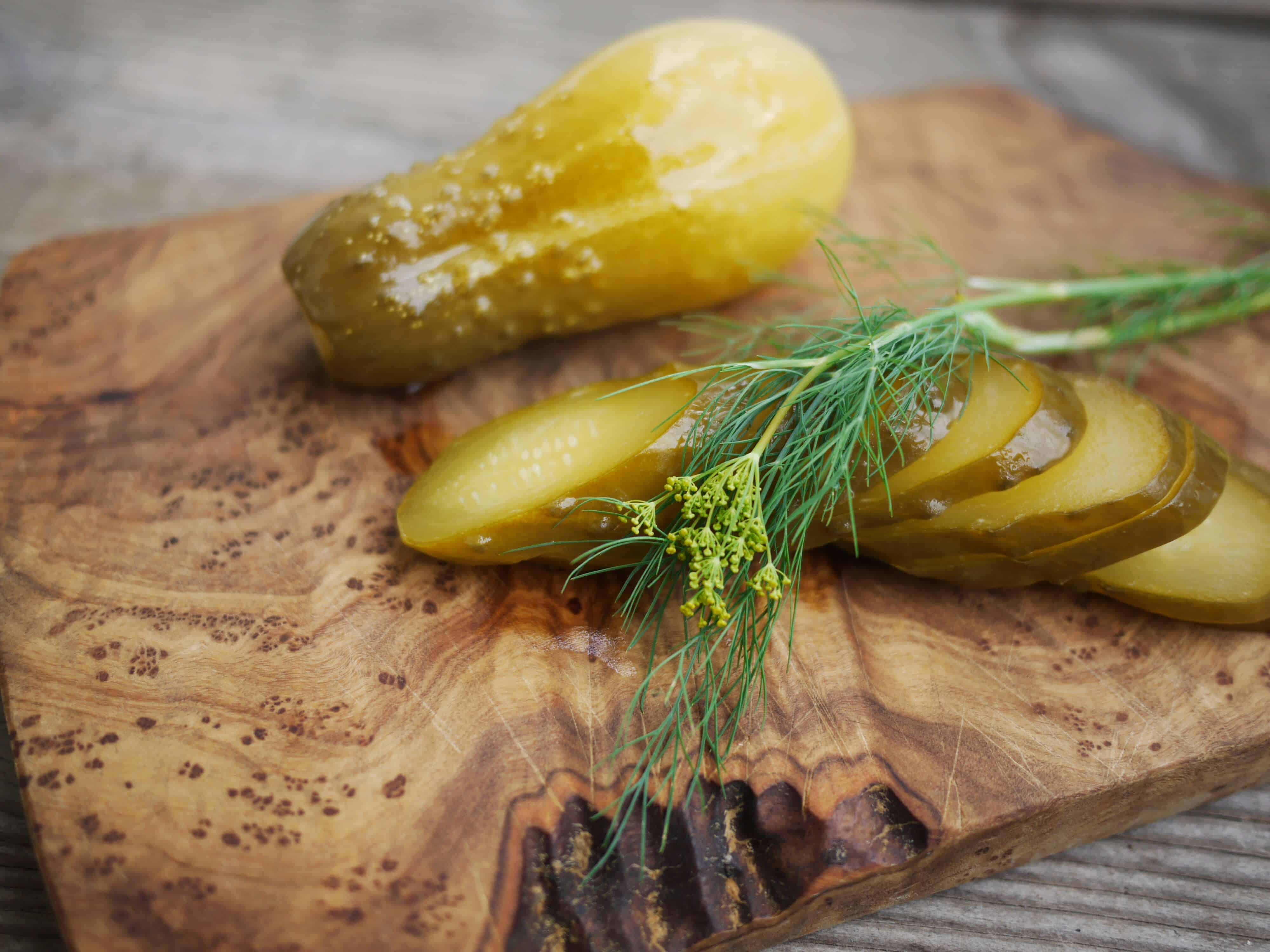 Homemade Lacto-fermented Pickles Recipe