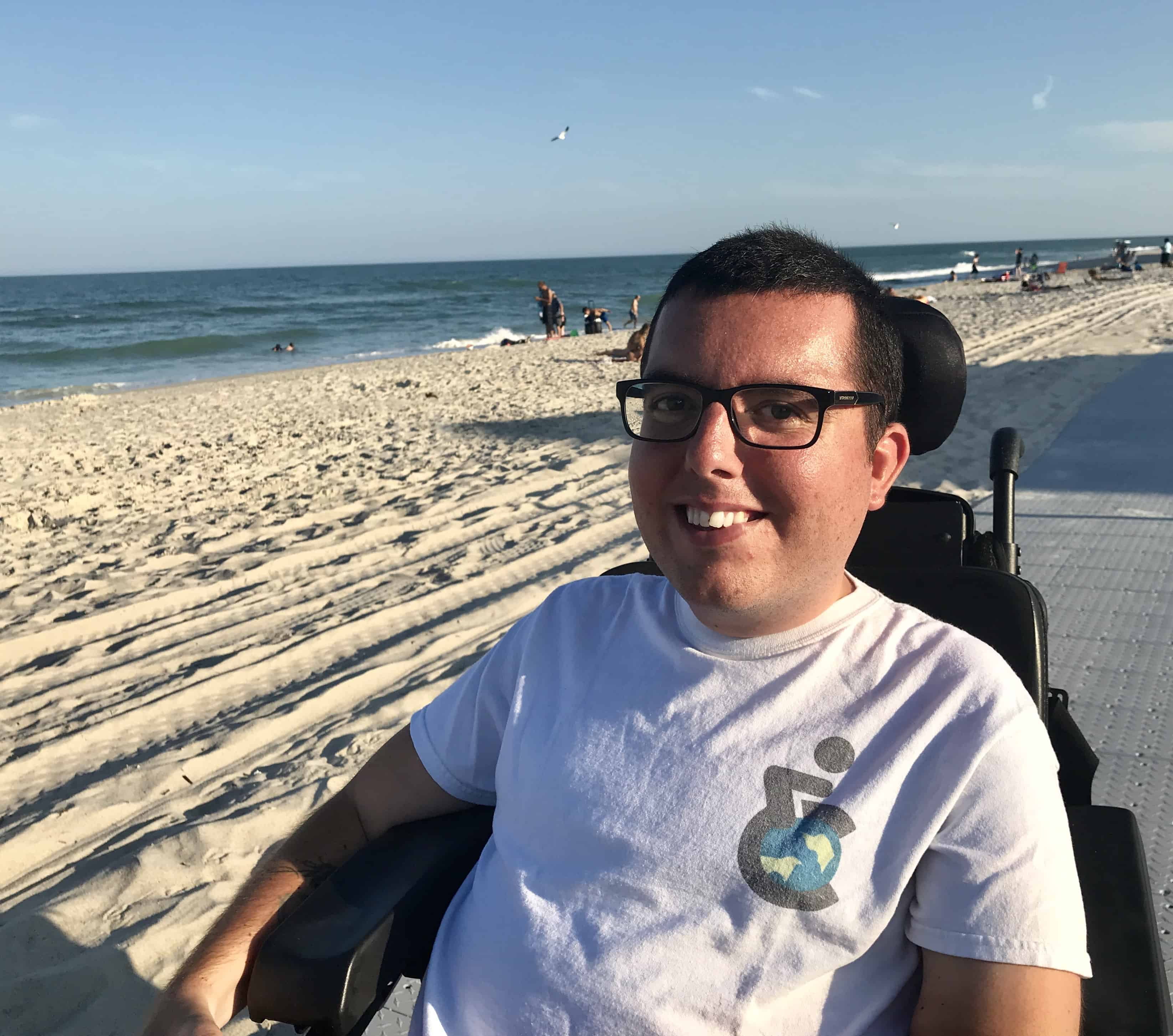 Cory Lee blogger at the beach